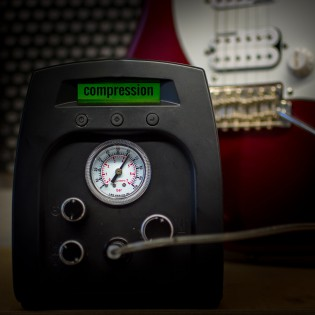 AC/DC and the no gain, no pain secret for great guitar tone